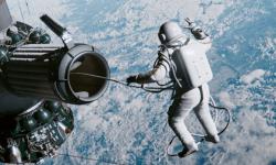 Quiz : encontre o nome desses filmes no espaço