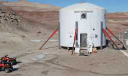Participate in the mars simulation Mars Desert Research Station (MDRS) in the Utah desert, USA