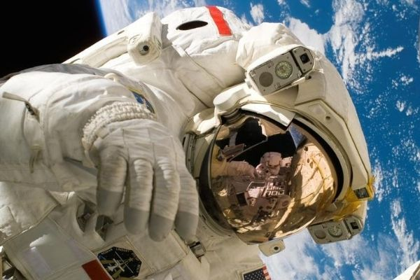 how to become an astronaut guide advice